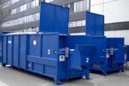 Presscontainer verdichten Abfälle und sorgen damit für tiefere Entsorgungskosten.